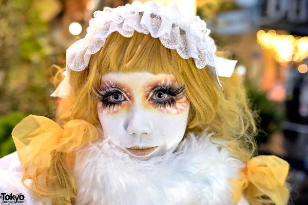 Yellow Shironuri Eyemakeup in Harajuku