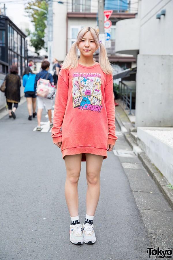 Harajuku Girl w/ Twin Tails, Candy Stripper Sweatshirt & Snidel Sneakers