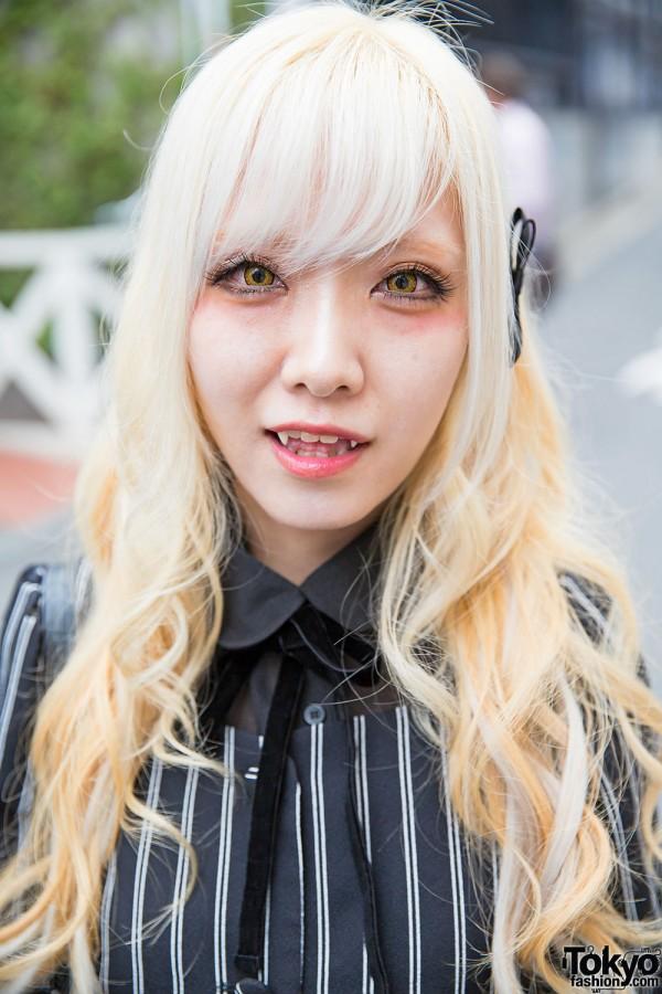 blonde harajuku girl w fangs striped fashion amp justin