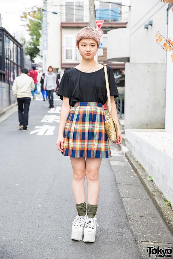 Cute Short Hair Uniqlo Tee Plaid Skirt Vivienne