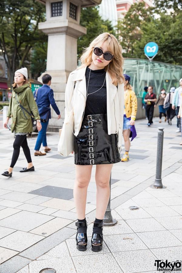 Harajuku Hair Stylist in lilLilly Vinyl Buckle Skirt, Goocy Bag & Cry Sandals