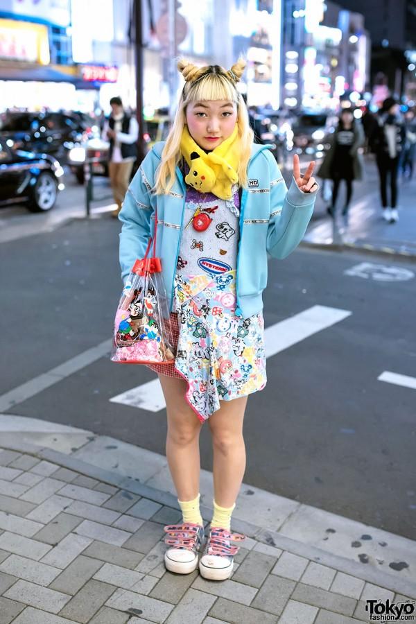 Pikachu Muffler, Hysteric Glamour, Tamagotchi & Dr. Slump Bag in Harajuku