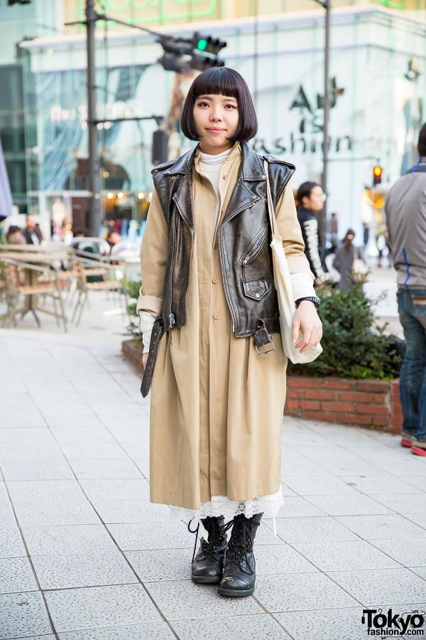 Harajuku Girl w/ Bob Hair in Sleeveless Biker Jacket, Overcoat & Boots