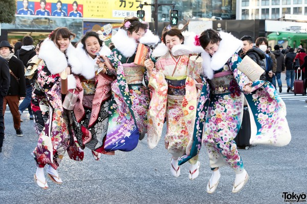 Coming Of Age Day in Japan Kimono (3)