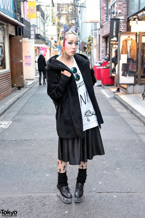 Twin Buns & Braids, Emoda, Unif, YRU & Lure Magic in Harajuku