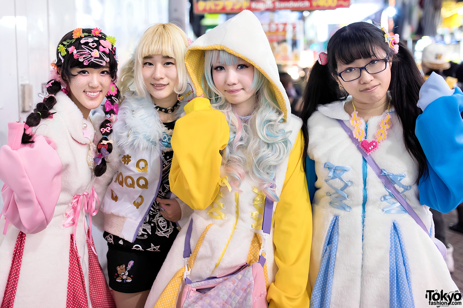the real harajuku The harajuku fashion is just really so different because anything can be possible (craft 26) and it is all some people think badly of harajuku, while others simply do not fully grasp the real concept of it.