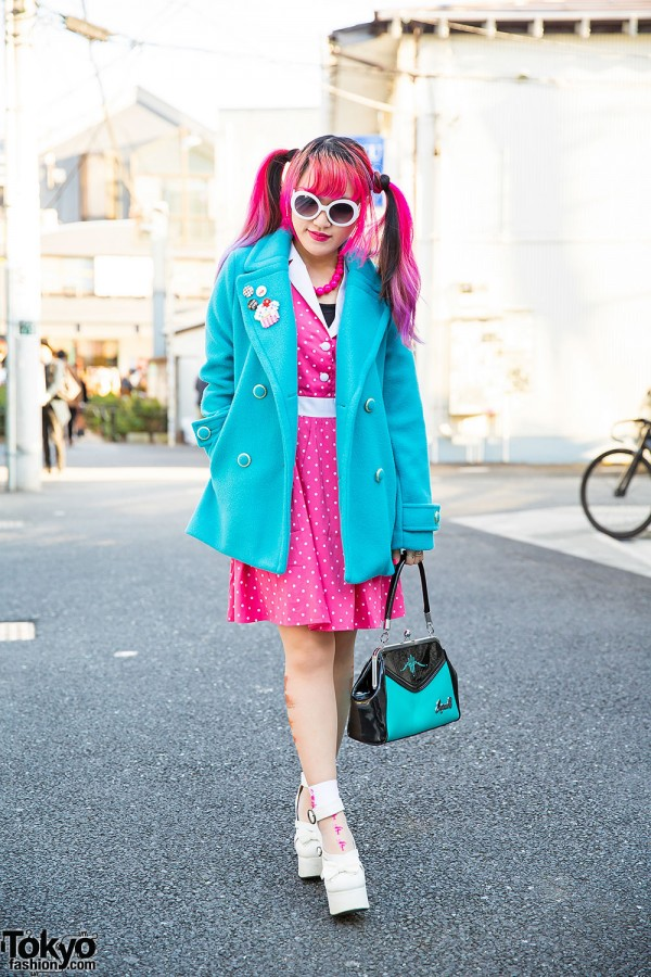 Moth in Lilac's Lisa 13 w/ Pink Twin Tails, Sourpuss & GRL in Harajuku