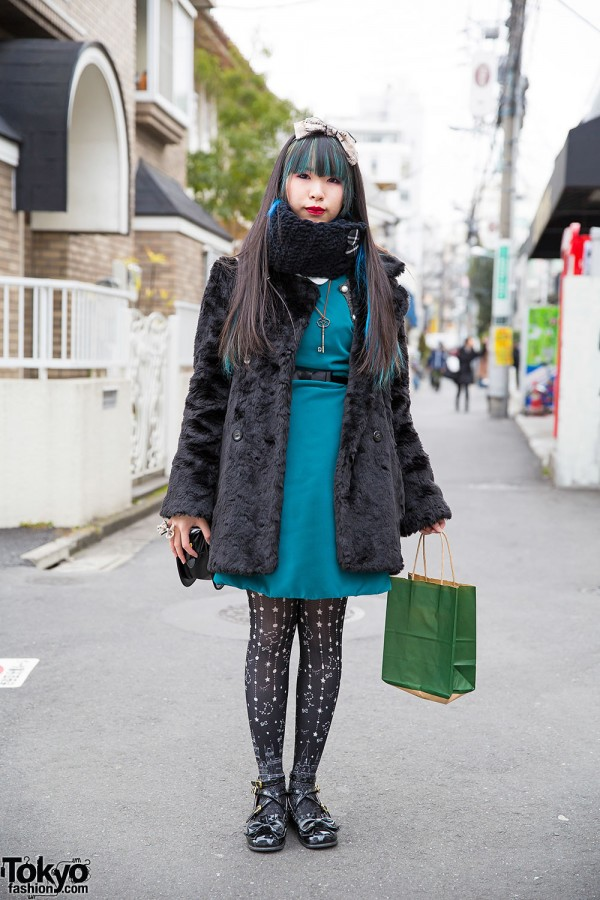 Harajuku Girl w/ Faux Fur Coat, Angelic Pretty, metamorphose temps de fille & Handmade Items