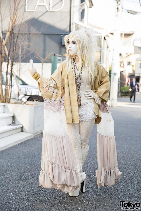 Minori in Gold Kimono in Harajuku