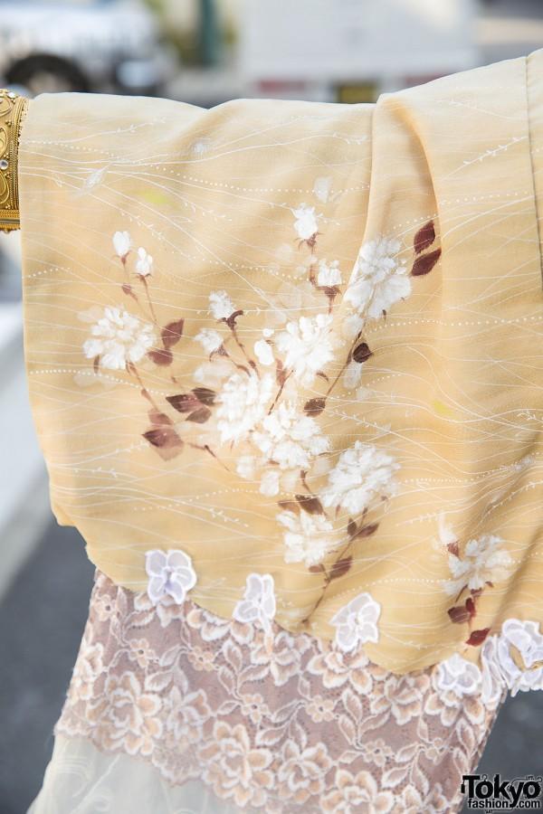 Floral Kimono Shironuri Style