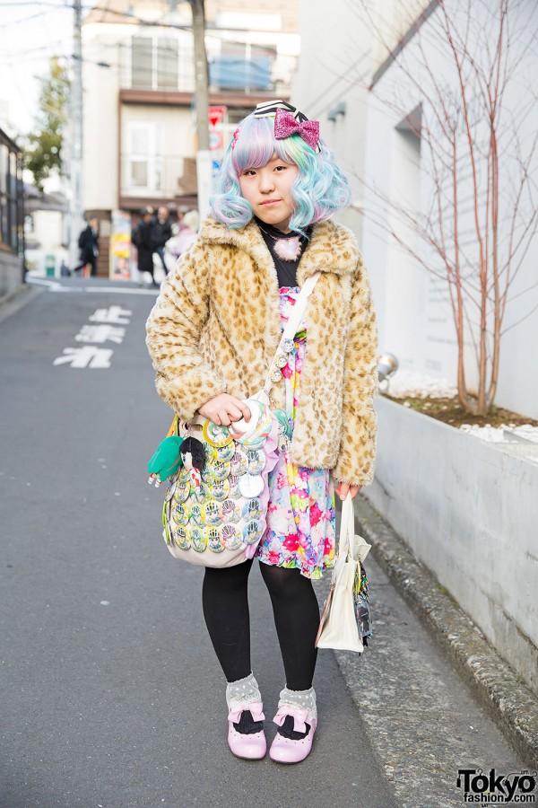 Pastel Hair, 6%DokiDoki Dress & Yowamushi Pedal Bags in Harajuku