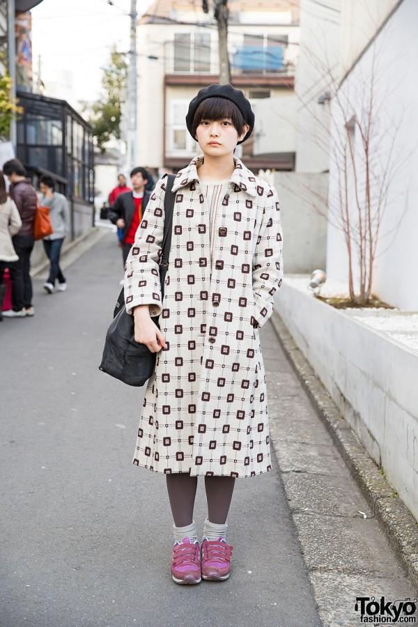 Harajuku Girl w/ Kinji Resale Coat, New Balance & Uniqlo Beret