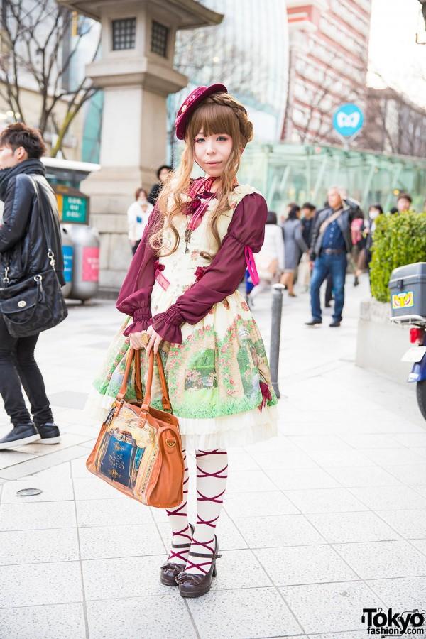 Harajuku Girl in Baby the Stars Shine Bright Dress
