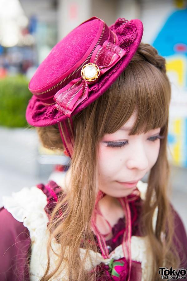 Harajuku Girl in Lolita Hat