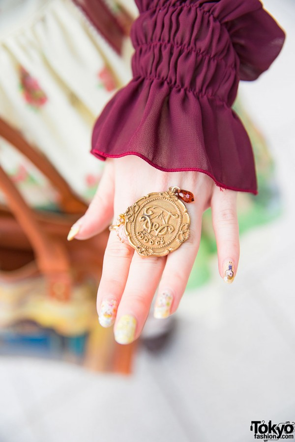 Alice and the Pirates Ring