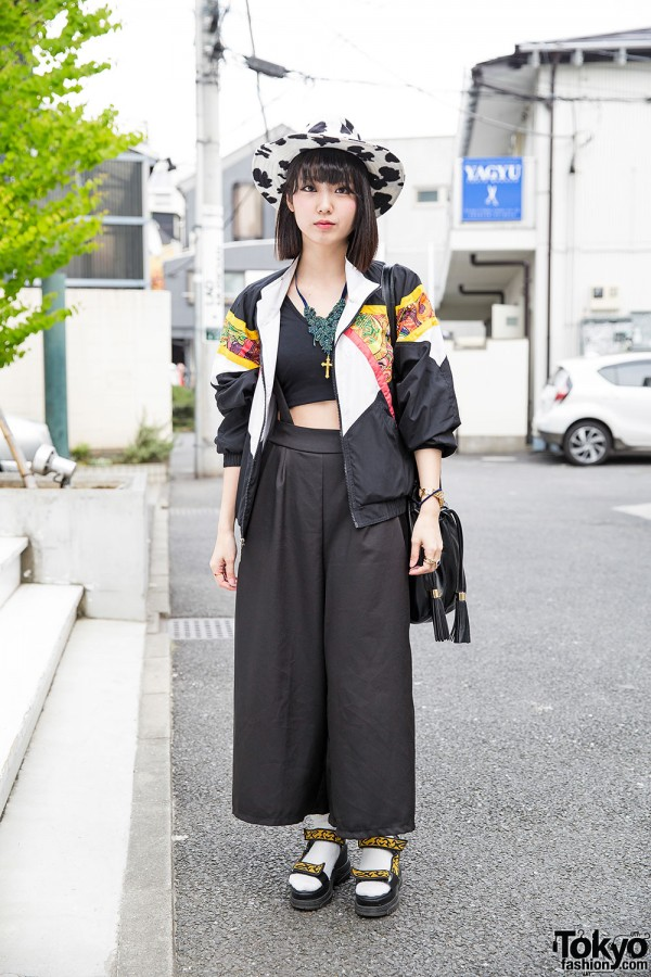 Wide Leg Pants, Murua Crop Top & Platform Sandals in Harajuku