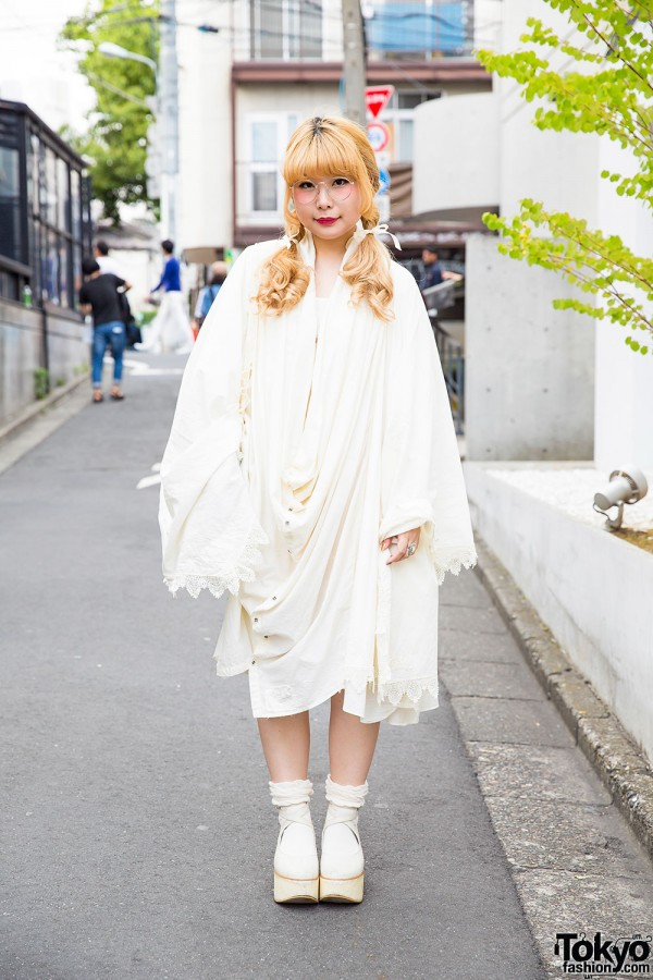 Vintage-Loving Harajuku Girl w/ The Dress&Co., Gunifuni & Tokyo Bopper