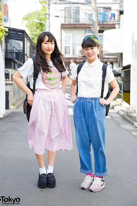 Harajuku Girls In Resale Street Fashion W Retro Girl