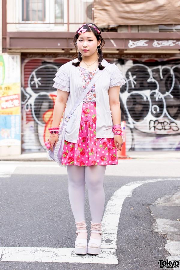 Harajuku Girl w/ Decora Hair Clips, ACDC Rag, Swimmer & WEGO Fashion