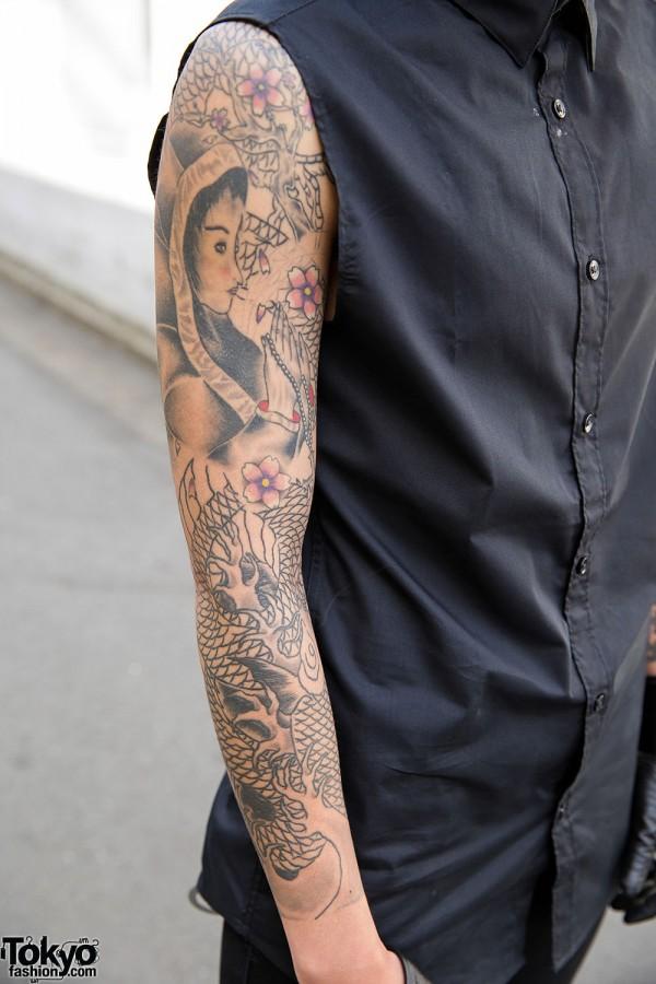 Tattooed Harajuku Guy In Black W Oz Abstract Jewelry