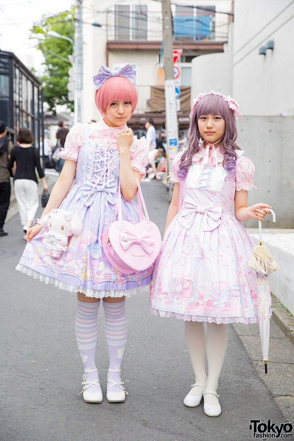 Sweet Lolitas in Pastel Angelic Pretty w/ Heart Bags, My Melody & Honey Bee
