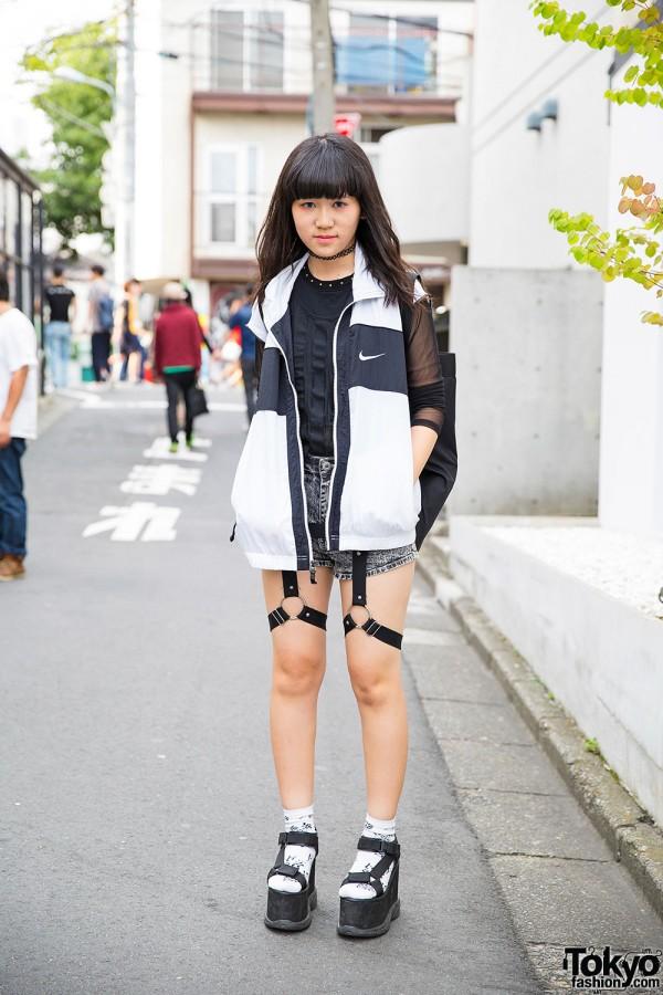 Harajuku Girl In Glad News Harness Shorts Fig Amp Viper Top