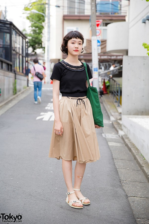 Harajuku Girl in Zara Skirt