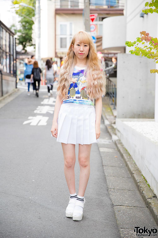 Harajuku Girl In Mickey Amp Donald Crop Top Pleated Skirt