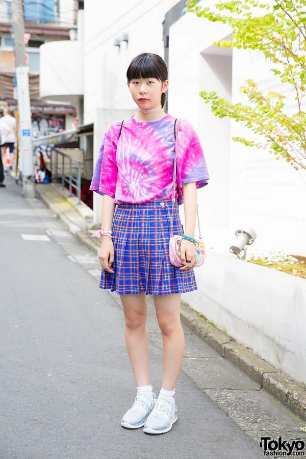 Harajuku Girl in Tie-Dye Tee, Bubbles Plaid Skirt & Disney Princess Purse