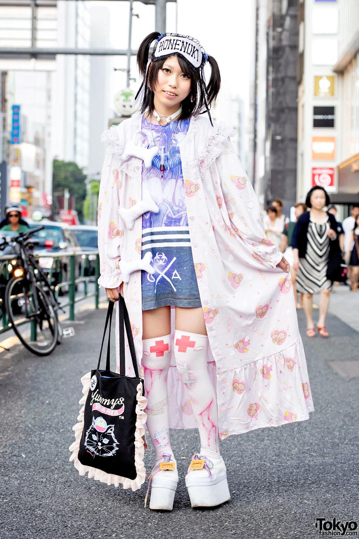Harajuku Girl In Kawaii Style W Milklim Qissqill Broken Doll Spinns
