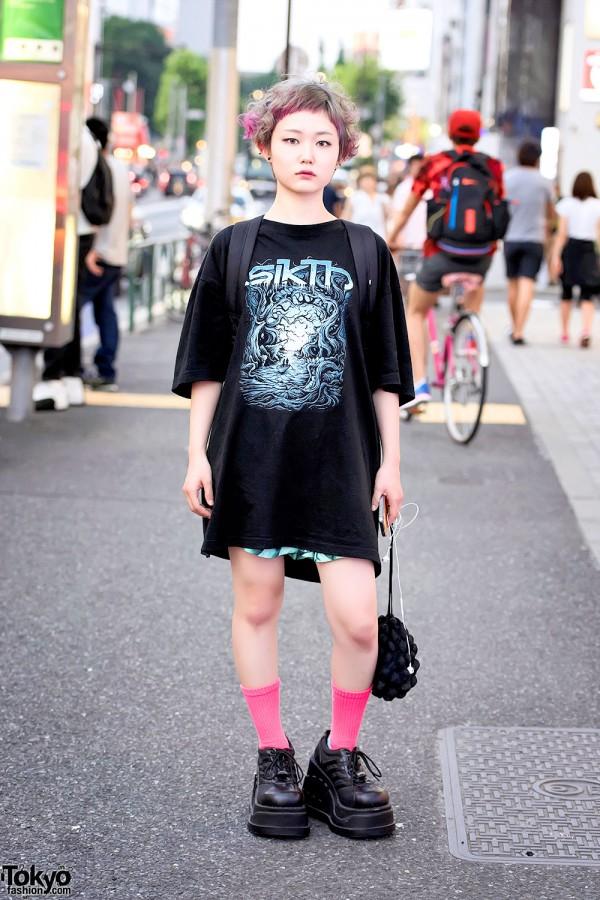 Harajuku Girl w/ Pink-Blonde Hair, Punk Cake Platforms, Sikth Tee, Uggla & Obey