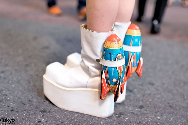 Platform Boots With Rockets