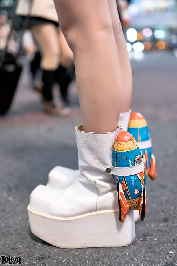 Rocket Platform Boots