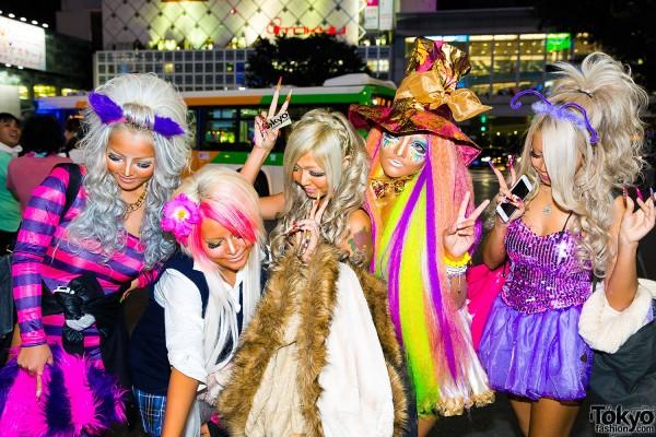 Halloween Eve in Japan - Costumes in Shibuya (11)