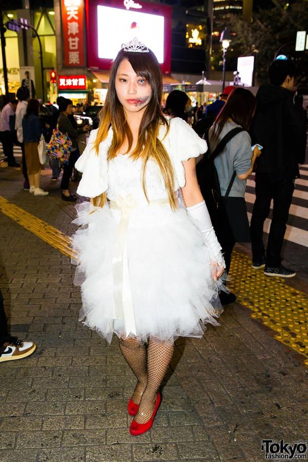 Halloween Eve in Japan - Costumes in Shibuya (16)