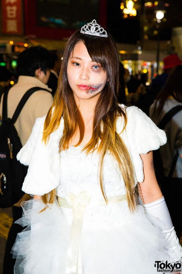 Halloween Eve in Japan - Costumes in Shibuya (17)