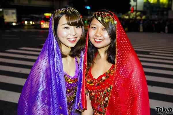 Halloween Eve in Japan - Costumes in Shibuya (21)