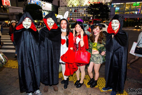 Halloween Eve in Japan - Costumes in Shibuya (25)