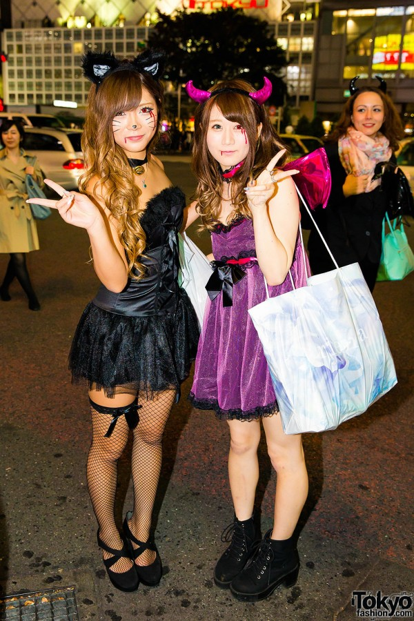 Halloween Eve in Japan - Costumes in Shibuya (29)