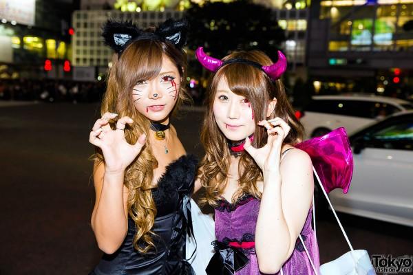 Halloween Eve in Japan - Costumes in Shibuya (30)