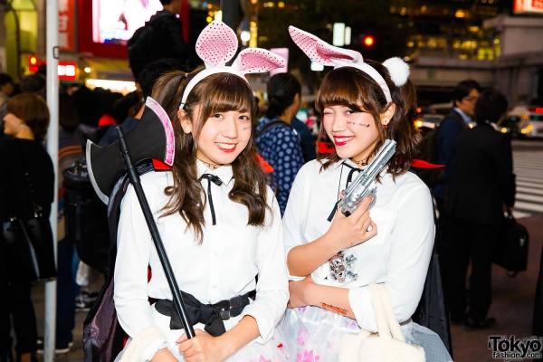 Halloween Eve in Japan - Costumes in Shibuya (32)
