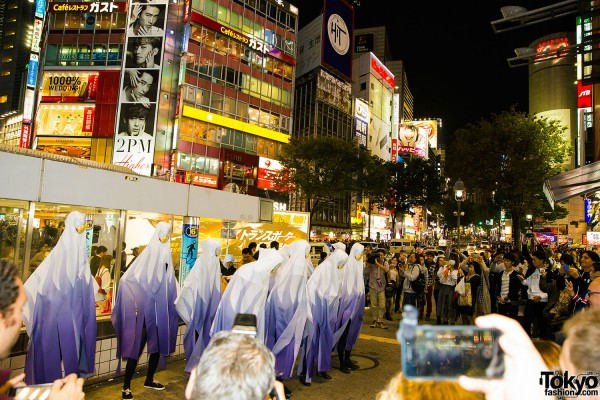 Halloween Eve in Japan - Costumes in Shibuya (37)