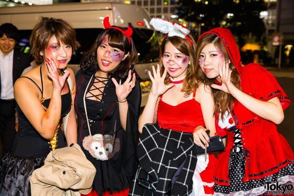 Halloween Eve in Japan - Costumes in Shibuya (39)
