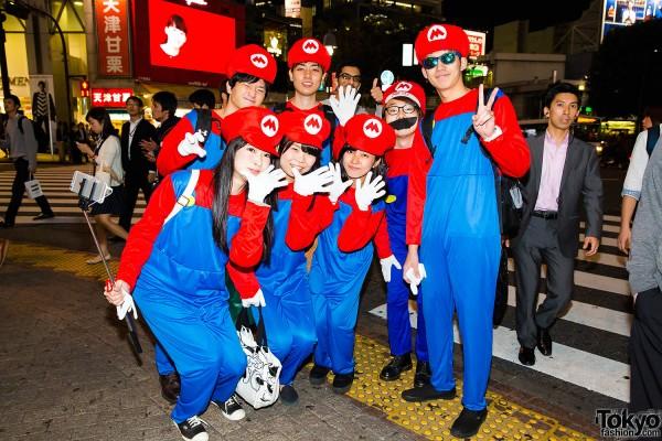 Halloween Eve in Japan - Costumes in Shibuya (57)