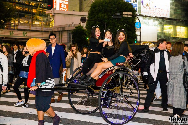 Halloween Eve in Japan - Costumes in Shibuya (68)