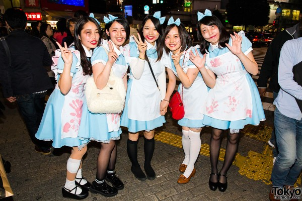 Halloween Eve in Japan - Costumes in Shibuya (73)