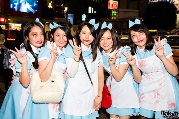Halloween Eve in Japan - Costumes in Shibuya (74)