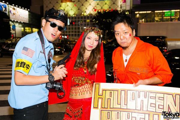 Halloween Eve in Japan - Costumes in Shibuya (80)