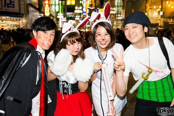 Halloween Eve in Japan - Costumes in Shibuya (84)