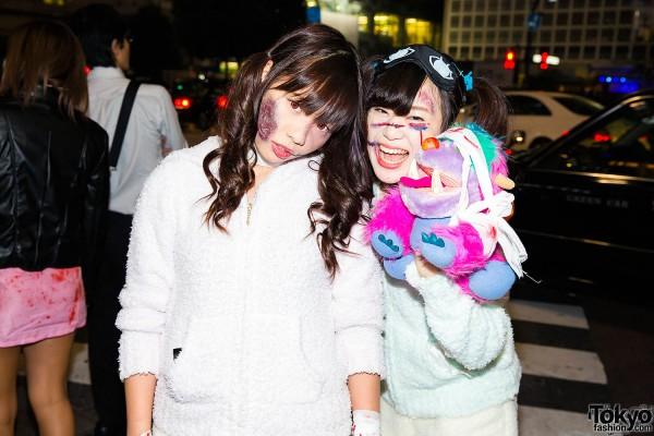 Halloween Eve in Japan - Costumes in Shibuya (88)